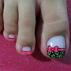 Cute Cute Pedicure Designs, Fancy Nails Designs, Toe Nail Designs, Cute Pedicures, French Pedicure, Cute Nail Art, Pretty Toes, Fabulous Nails, Nail Spa
