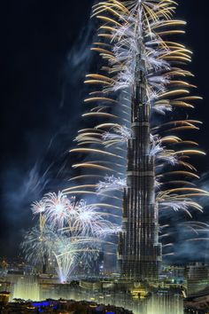 Fireworks 2014, Dubai by Ahmed Avci on 500px