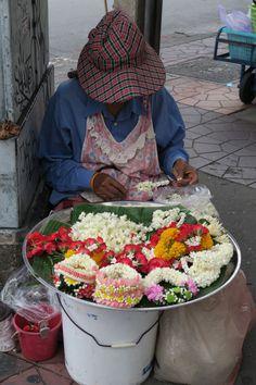 marchande_offrandes_bangkok