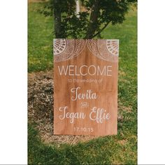 Welcome sign with tribal detailing, photography by Zoe Morley Photography