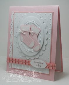 I think this is the best looking baby card I have seen! Wickedly Wonderful Creations: Babies She used the stocking punch and shortened it to make the booties. Baby Girl Cards, New Baby Cards, Scrapbook Bebe, Scrapbook Cards, Baby Shower Cards, Handmade Baby, Kids Cards, Cute Cards, Creative Cards