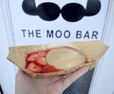 For Raindrop Cake, head to The Moo Bar in Seattle, WA | Kelli Wong Photography