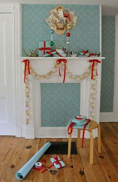 18-exquisite-christmas-mantels