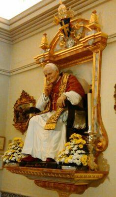 St. Juan Pablo II