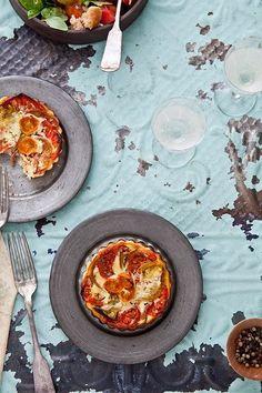 heirloom tomato tarts + panzanella salad • tartelette