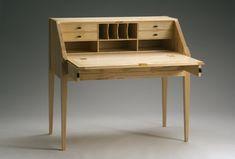 seldin-slant-top-desk-2-open_0