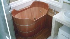 Conheça os modelos de banheiras que podem deixar seu banho muito mais relaxante.