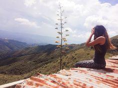"""El Encanto, Miranda, Venezuela. Ruta Tren El Encanto o Gran Ferrocarril de Venezuela🛤 -o Ferrocarril Alemán-. El de los """"vagones fantasmas"""". #trekking #rutas #ecoturismo #venezuela #trenelencanto"""