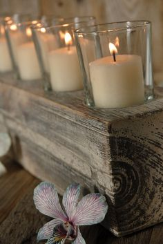 Perfect for leftover pieces of garden timbers Wood Candle Holders, Votive Holder, Candle Centerpieces, Candle Lanterns, Bougie Partylite, Save On Crafts, Glass Votive, Best Candles, Fun Projects
