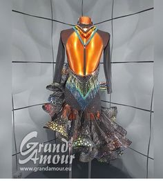 Latin Dresses, Dance Dresses, Ballroom Costumes, Dance Costumes, Costume Design, Latina, Evening Gowns, Fashion Ideas, Cosplay