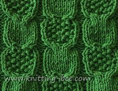 Gorgeous Moss and Stoking Cable Stitch from Knitting Bee. Would make an amazing blanket!