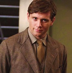 """Which """"Downton Abbey"""" Character Are You? TOM BRANSON HECK YES"""