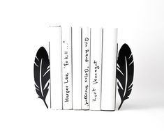 Bookends Feathers - FREE SHIPPING perfect functional and trendy book organizer for your open book shelf black color