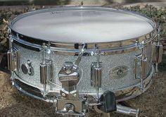 Rogers Dynasonic 5.5x14 Silver Sparkle