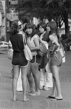 昭和の女性 - 昭和53年ホットパンツの女性たち(原宿)