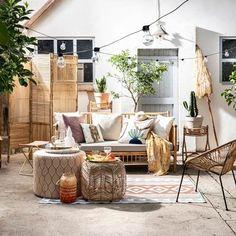 Why Teak Outdoor Garden Furniture? Interior Design With Bamboo, Outdoor Spaces, Outdoor Living, Veranda Interiors, Outdoor Garden Furniture, Outdoor Decor, Bohemian Patio, Interior Garden, Cool Rooms