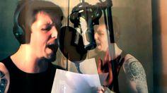 O vocalista e fundador do X-EMPIRE, Michel Marcos, liberou um vídeo contando sobre a participação de Chris Clancy no novo disco do grupo, 'Grief'. O britânico Chris Clancy é vocalista da banda Muti…
