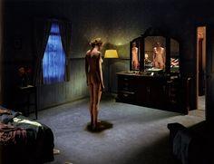 Gregory Crewdson e le sue foto che sono quasi un film Narrative Photography, Cinematic Photography, Nude Photography, Fine Art Photography, Portrait Photography, Gregory Crewdson, Edward Hopper, Punk Rock, The Devil's Advocate