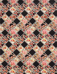 Tissu importé du Japon avec des fleurs japonaises dans un motif à carreaux en biais