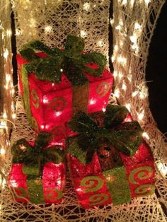 Wallpaper new year new year ribbon gift ribbon balloons red lighted sisal christmas gift boxes presents outdoor christmas decor in collectibles holiday seasonal christmas current ebay aloadofball Gallery