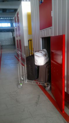 www.todokb.com Alquiler temporal de trasteros y almacenes en Pamplona. twin economy: ideal para maletas, documentación, juguetes, ropa, vajilla... todoKB tu espacio de guardar.