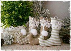 3 Elfenstiefel♥Baumschmuck♥Taupe♥Weihnachten von Little Charmingbelle auf DaWanda.com