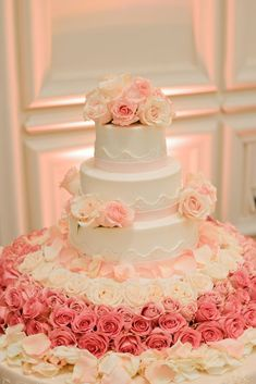 Pretty Coral Gables Wedding From Lara Rios Photography