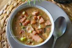 Indonesian Food, Healthy Crockpot Recipes, Diy Kitchen, Soups And Stews, Cheeseburger Chowder, Slow Cooker, Paleo, Ethnic Recipes, Indonesian Cuisine