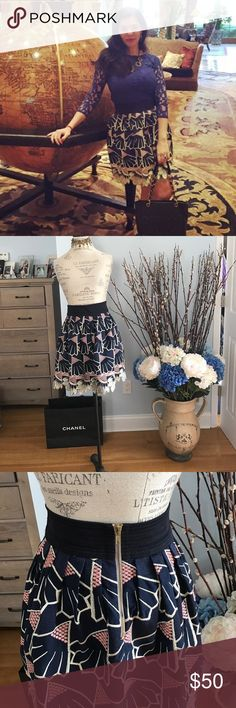 """STUNNING NAVY/PINK AND OFF WHITE MINI SKIRT Designer skirt. Wide black waist. Long sturdy zipper. Geometrical and petal like look. Double lined. Looks stunning and very elegant. No stains or major damage. condition. Lining inside has some tear. But it is completely hidden. Waist 14"""" length is 20"""" lauren moffat Skirts Mini"""