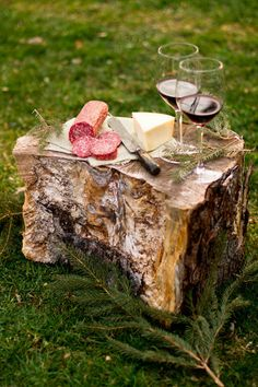 Rikki Snyder Photography | Food - OK salami and cheese, healthy? Maybe not, but so worth it for a beautiful picnic like this!