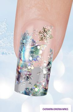 Step by Step: Snowflake Ice Nails http://www.german-dream-nails.com/nailart-anleitung-snowflake-ice-nails #gdn #jolifin #nails #naildesign #nailart #winter #ice #snow