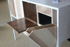 Console - Thibault Calmon Apprenti - Atelier Bois Design - 16440 Nersac - Diplôme des Métiers d'Art, Spécialité Ebénisterie - Lycée du Pays d'Aunis - Session 2015