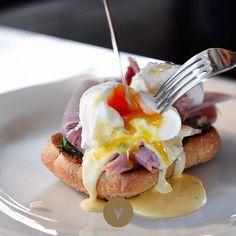 Who enjoys breakfast at the Vincent Café & Bar? #vincentbreakfast