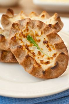 Karelian pie. Finnish rye bread with a rice porridge in the middle. SO delicious!   (Copyright Sarka Babicka 2009-2012)