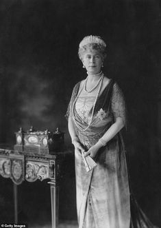PRECIOUS HEIRLOOM: Queen Mary wearing the tiara in 1926 Princess Beatrice Wedding, Princess Mary, Princess Eugenie, Princess Victoria, Queen Victoria, Royal Lodge, Emperor Of India, Beatrice Eugenie, Order Of The Garter