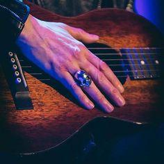 @photoofmusic -  @iamlpofficial @photoofmusic #lp #iamlp #laurapergolizzi #lostonyou #lostoneurope #warsaw #concert #fans #2017
