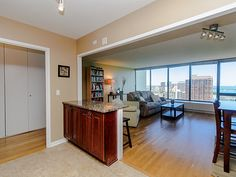 See this home on @Redfin! 2800 N LAKE SHORE Dr #3505, CHICAGO, IL 60657 (MLS #09385954) #FoundOnRedfin
