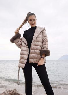 sporty casual https://sparkleandthecity.com/7-ways-to-dress-sporty-casual-in-a-puffer-jacket