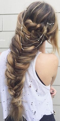 Gallery: glambytoriebliss long wedding hairstyles 8_cr