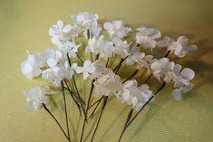 花かんむりの作り方。 : 花屋「ニコグサ」やってます。 Plants, Plant, Planets