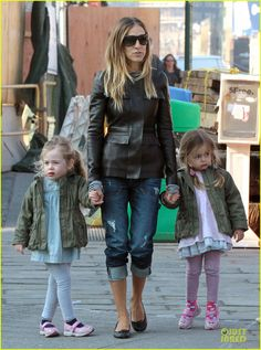 SJP with the twins