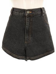 Mein True Vintage Boyfriend Highwaist Shorts Jeans Urban Street Style Kurze Hose  von true vintage. Größe Sonstige für 25,00 €. Schau es dir an: http://www.kleiderkreisel.de/damenmode/shorts-mit-hoher-taille/153452208-true-vintage-boyfriend-highwaist-shorts-jeans-urban-street-style-kurze-hose.