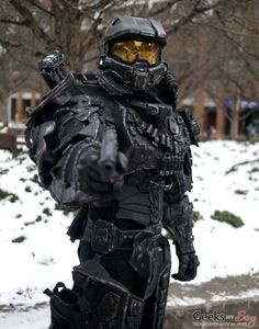 Heavy Master Chief - Montreal Mini Comiccon 2016 - Photo by Geeks are Sexy Master Chief And Cortana, Halo Master Chief, Halo Poster, Halo Cosplay, Halo Spartan, Halo Armor, Halo Series, Halo Collection, Halo Game