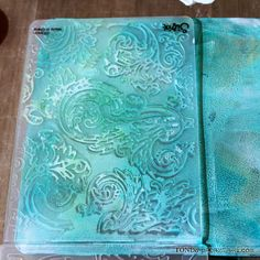 using texture fades folders to create texture on gelli plate