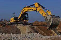 nh_e305c_excavator_yellow_heavy_earth_mover_hd-wallpaper-1117375.jpg