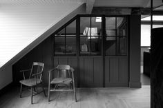 Thin framed window to see through to adjoining room. Traditional walk in metal framed scullery with half glazed timber room divide and metal screens. Plain English Kitchen, English Kitchens, Reeded Glass, Wood Glass, Loft Bathroom, Basement Bathroom, Bathrooms, Door Dividers, Cozy Basement