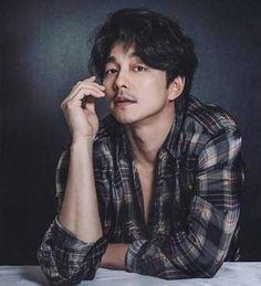 Korean Star, Korean Men, Asian Actors, Korean Actors, Korean Celebrities, Train To Busan, Poses, Goblin Gong Yoo, Jimin