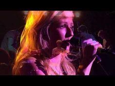Ellie Goulding vs Foster the People - Under the Kicks (Alcala Mash-Up)    Where oh where is Summer.