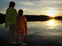 Baden, Fische fangen, in der Sonne liegen: Auf den Schären versinkt man in einer gemütlichen Astrid-Lindgren-Welt. Ein Familienurlaub auf den Inseln vor Stockholm.