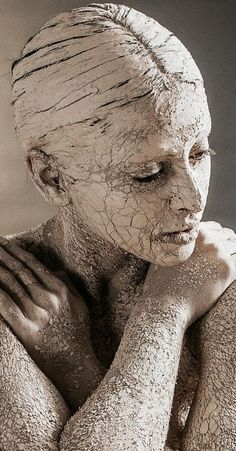 Body art liudmila samuilova gif dançando, photography women, body art p Body Art Photography, Photography Women, Portrait Photography, Photography Ideas, Foto Face, Fotografie Portraits, Arte Peculiar, Kreative Portraits, Living Statue